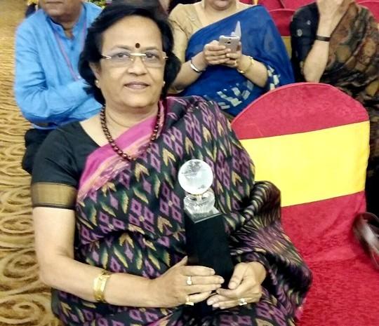 जब शादी के बाद ससुराल पहुंची तो रिवाज की वजह से मुझे सबके सामने गाना पड़ा : माया शंकर, प्रोफ़ेसर, पटना यूनिवर्सिटी एवं चेयरपर्सन ऑफ़ 'स्पीक मैके',पटना