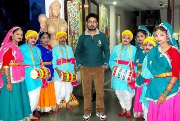 प्रांगण कला केंद्र के 'लोकरंग' कार्यक्रम में विभिन्न राज्यों के लोकनृत्यों की हुई प्रस्तुति