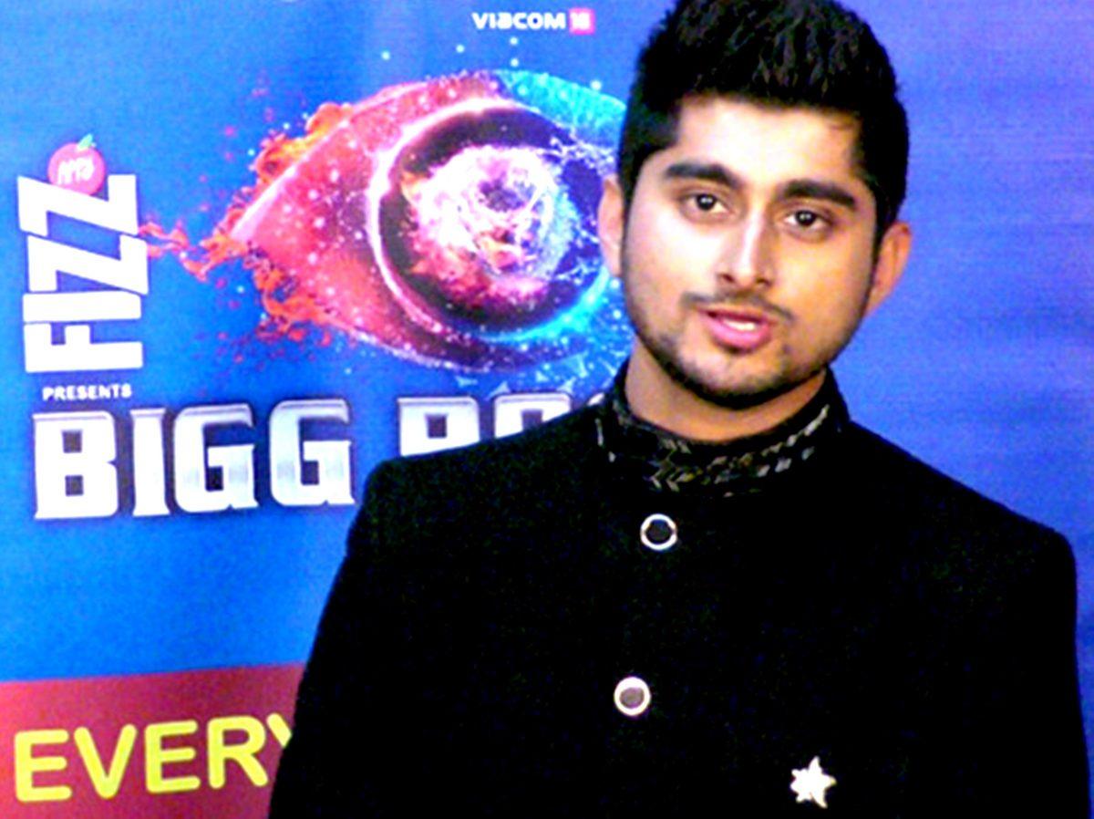 'बिग बॉस' फेम दीपक ठाकुर के अभिनंदन समारोह का किया गया था पटना में आयोजन